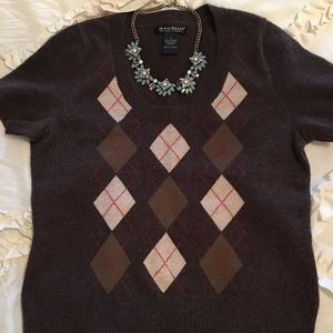 Sweaters - Cashmere argyle sweater. Short sleeves.